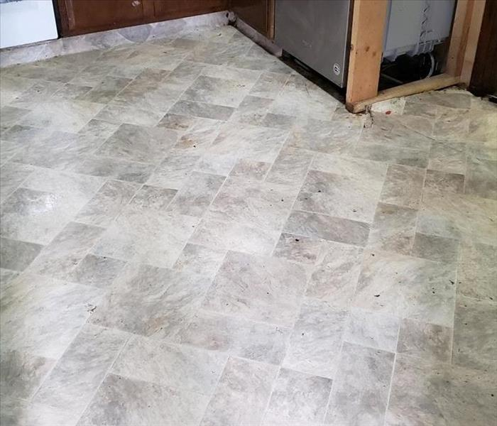 The same kitchen floor after SERVPRO cleaned it